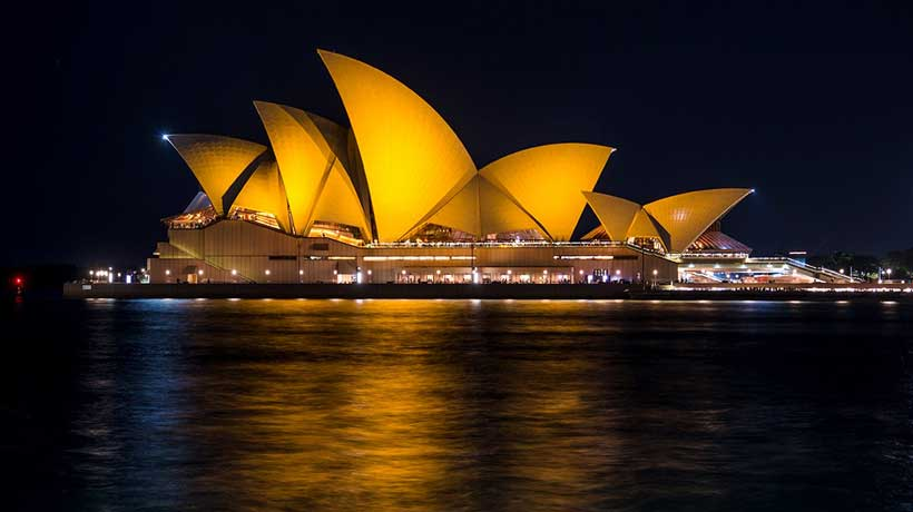 Sydney landmark shines for kids with cancer